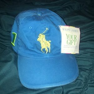 Ladies polo hat
